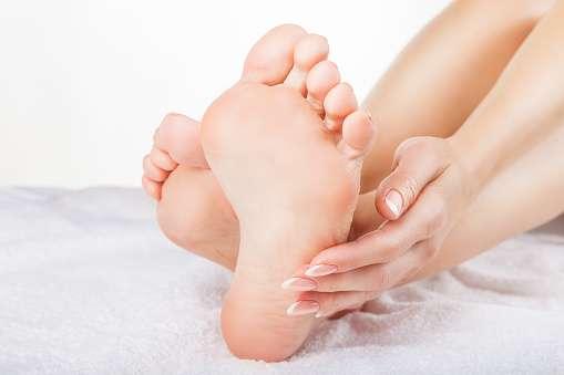 medical-mart-feet-take-care-footcare-heelspure-footpain-pedifix-footlogix-archsupport.jpg