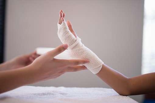 woundcare-athomedressing-gauze-bandages-medical-mart-supplies-homecare.jpg