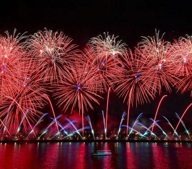 fireworks-team-china-380x335.jpg