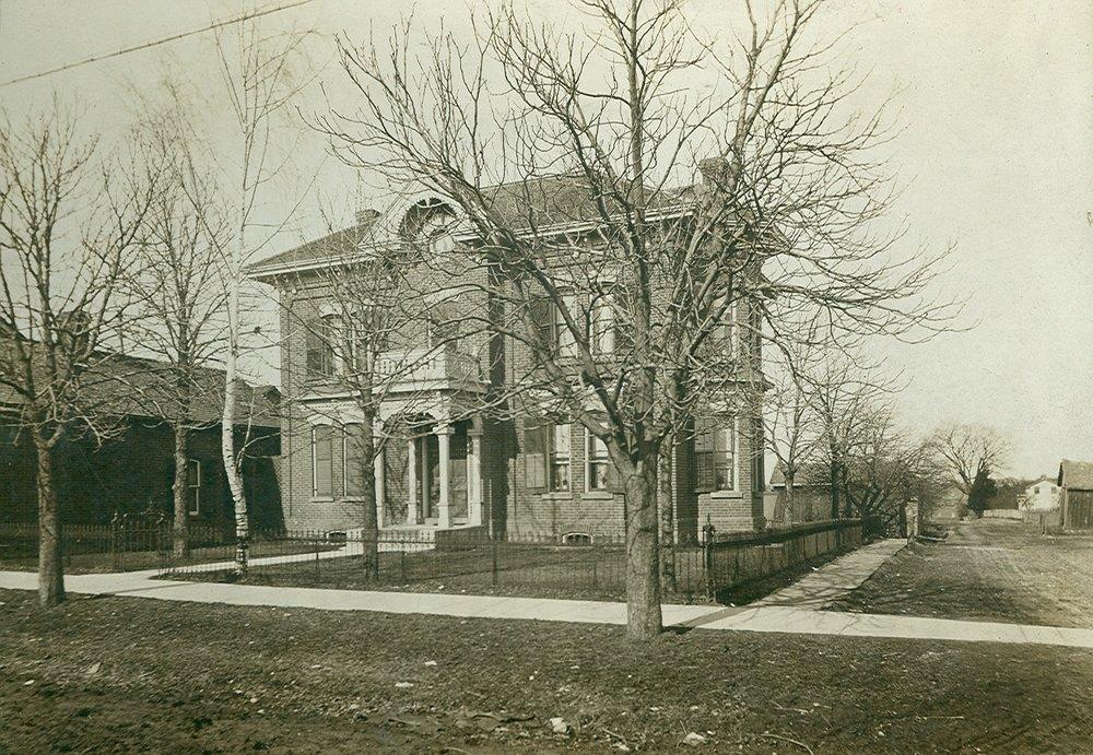 Robinson-Bray House, Streetsville, c1925.jpg