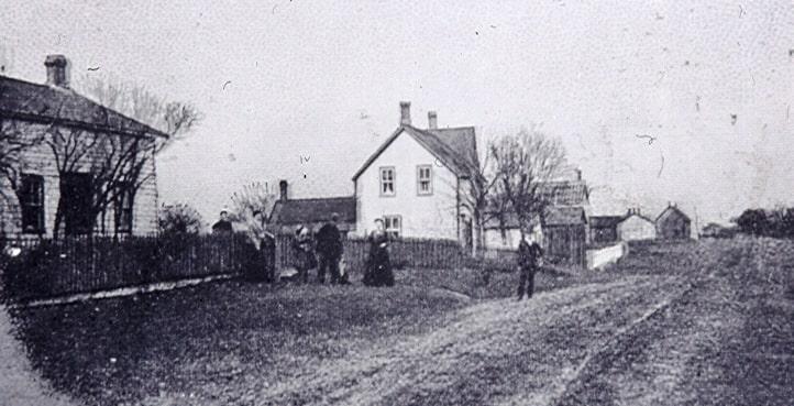 Lakeshore Road, Port Credit, c1900.jpg