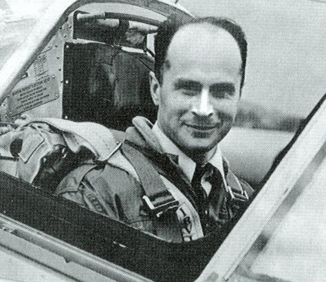 Jan Zurakowski in cockpit of the Arrow, 1958.jpg