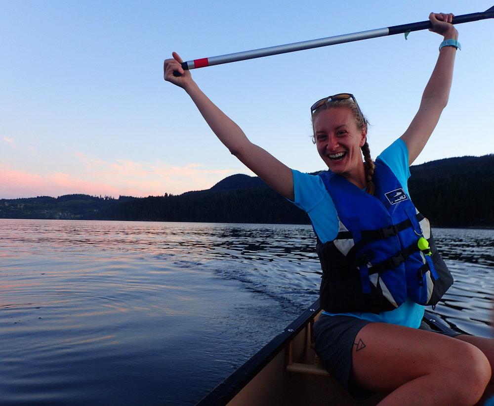 Ladies on a canoe trip in Yukon