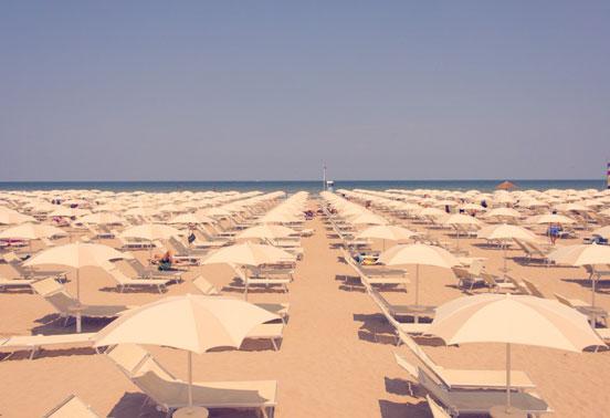 Rimini_White_Umbrellas_4.jpg