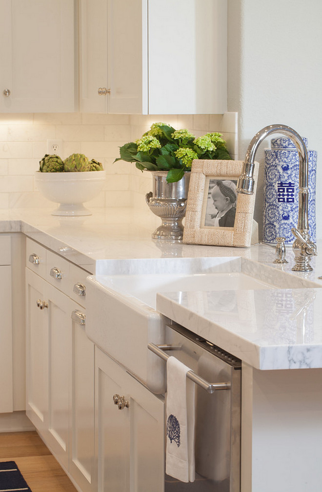 Source: AGK Design Studio Countertops: Quartz