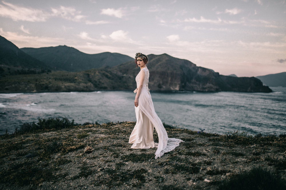 thenortherngirlphotography-preboda_weddingbarcelona_folkwedding_destinationwedding_editorial_fashion_weddingeditorial_lauraescribanoatelier_marucca_yemaya_ladiosadelmar-163.jpg