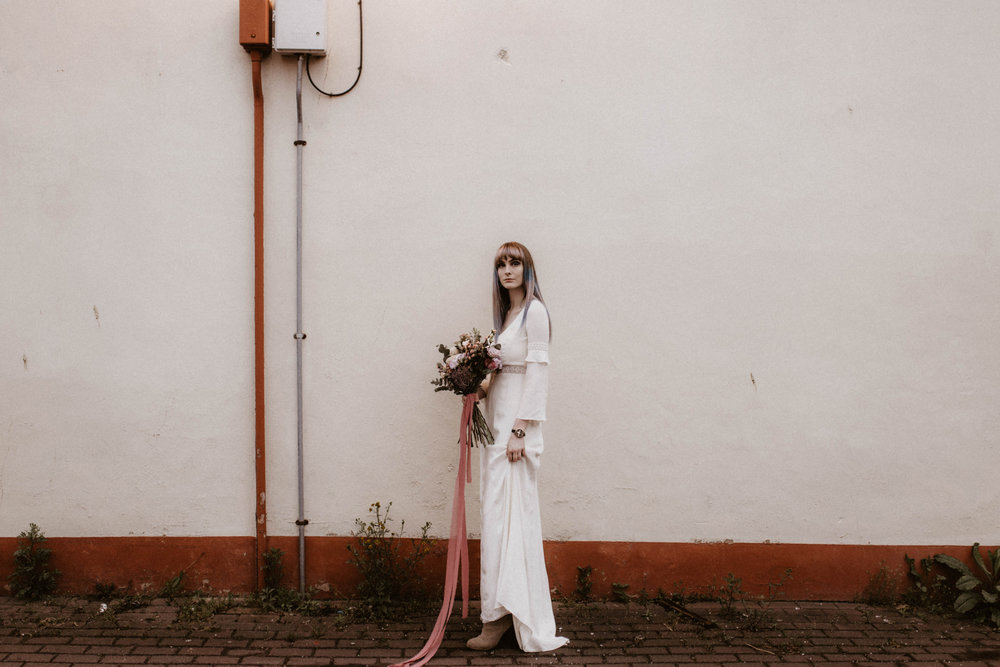 alt_thenortherngirlphotography_liverpool_couples_weddingphotographer_photographer_wedding_boda_fotografodebodas_fotografobodasbarcelona_bodaindie_bodasconestilo_antique-80.jpg