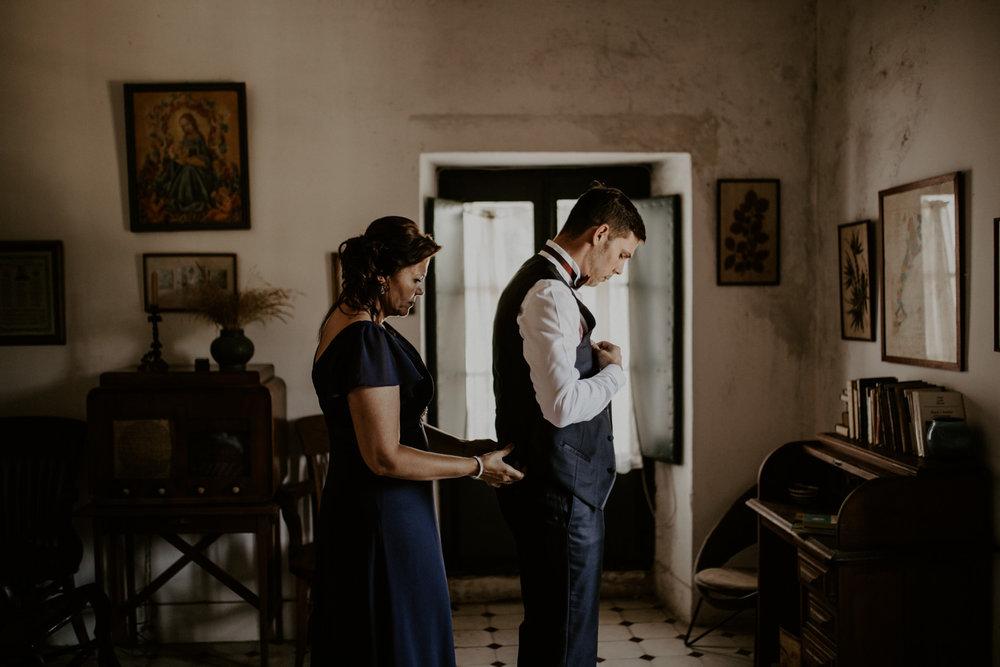 alt_thenortherngirlphotography_couples_weddingphotographer_photographer_wedding_boda_fotografodebodas_fotografobodasbarcelona_bodaindie_bodasconestilo_bodaensantperedeclara_jennifermiguel-142.jpg