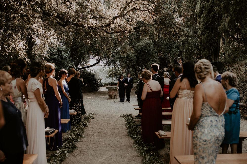 alt_thenortherngirlphotography_couples_weddingphotographer_photographer_wedding_boda_fotografodebodas_fotografobodasbarcelona_bodaindie_bodasconestilo_bodaensantperedeclara_jennifermiguel-270.jpg