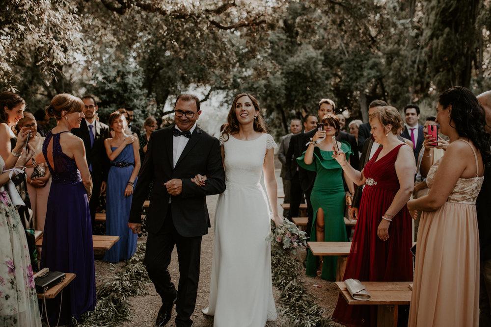 alt_thenortherngirlphotography_couples_weddingphotographer_photographer_wedding_boda_fotografodebodas_fotografobodasbarcelona_bodaindie_bodasconestilo_bodaensantperedeclara_jennifermiguel-291.jpg