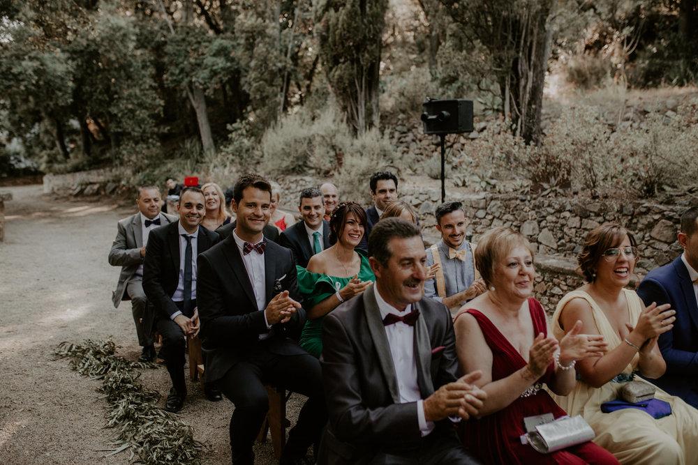 alt_thenortherngirlphotography_couples_weddingphotographer_photographer_wedding_boda_fotografodebodas_fotografobodasbarcelona_bodaindie_bodasconestilo_bodaensantperedeclara_jennifermiguel-350.jpg