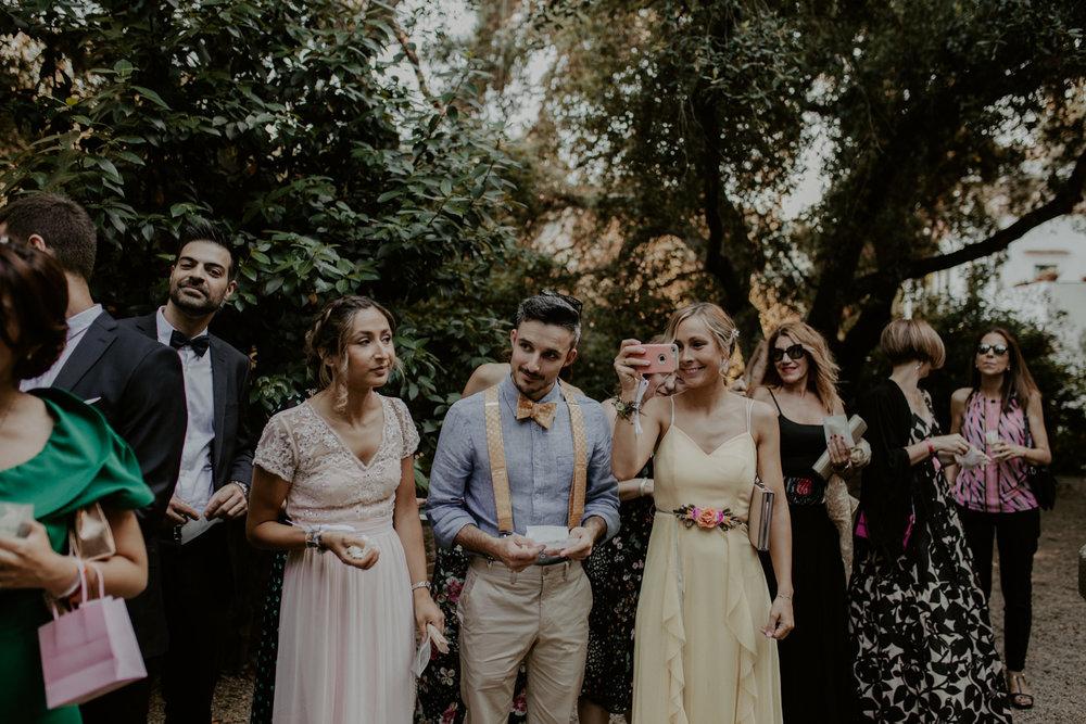 alt_thenortherngirlphotography_couples_weddingphotographer_photographer_wedding_boda_fotografodebodas_fotografobodasbarcelona_bodaindie_bodasconestilo_bodaensantperedeclara_jennifermiguel-393.jpg