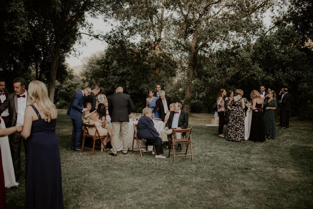 alt_thenortherngirlphotography_couples_weddingphotographer_photographer_wedding_boda_fotografodebodas_fotografobodasbarcelona_bodaindie_bodasconestilo_bodaensantperedeclara_jennifermiguel-571.jpg