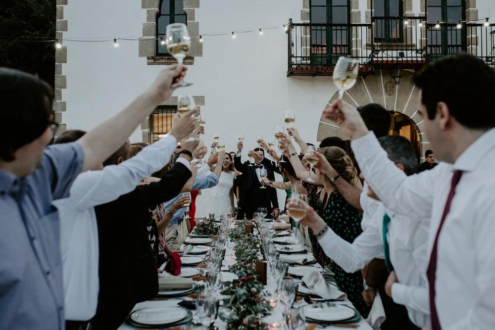alt_thenortherngirlphotography_couples_weddingphotographer_photographer_wedding_boda_fotografodebodas_fotografobodasbarcelona_bodaindie_bodasconestilo_bodaensantperedeclara_jennifermiguel-764.jpg