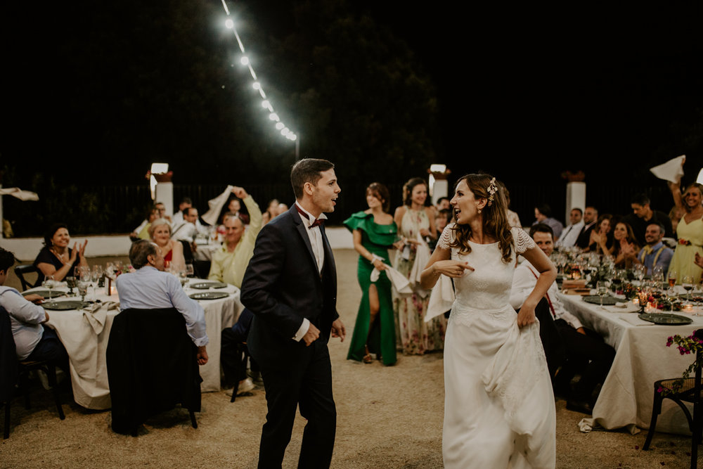 alt_thenortherngirlphotography_couples_weddingphotographer_photographer_wedding_boda_fotografodebodas_fotografobodasbarcelona_bodaindie_bodasconestilo_bodaensantperedeclara_jennifermiguel-805.jpg