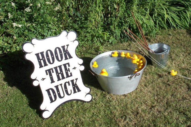 Hook the Duck