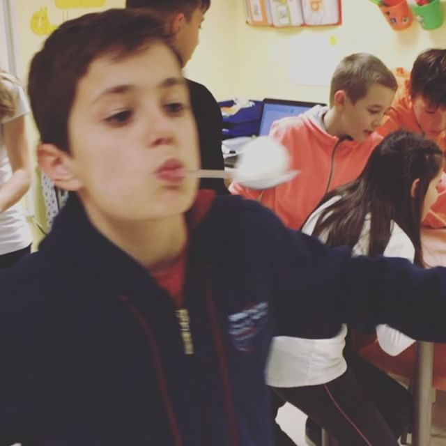 English is SNOW much fun!! #upschool #christmaslesson #loveourkids❤️