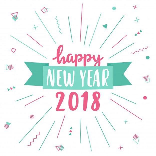 Честита да ни е новата година!  Нека да е успешна, бляскава, забавна и незабравима! Да донесе щастие и здраве в семействата, да е толкова добра, че да не искаме да я пуснем да си ходи! ☺️🙂🌲☃️❄️🌟 2018-та, имаш много отговорности! 😄#upschool #happynewyear2018 #somethinggoodisabouttohappen #excited #adventures #knowledge #friends #fun #loveteaching