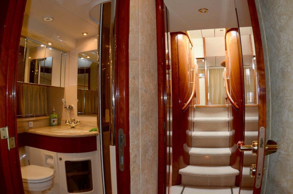 Yacht charter sorrento capri