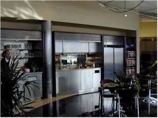 Maple Leaf Lounge Interior 3.jpg