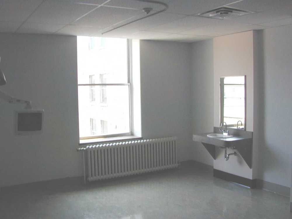 Elizabeth Bruyere interior 1.JPG