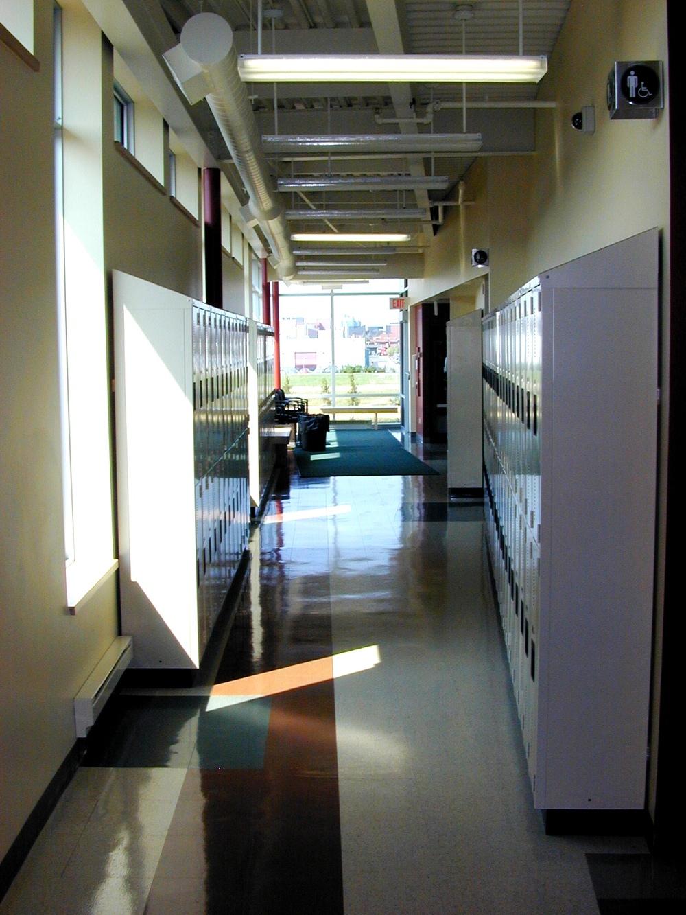 Algonquin Interior 02.jpg