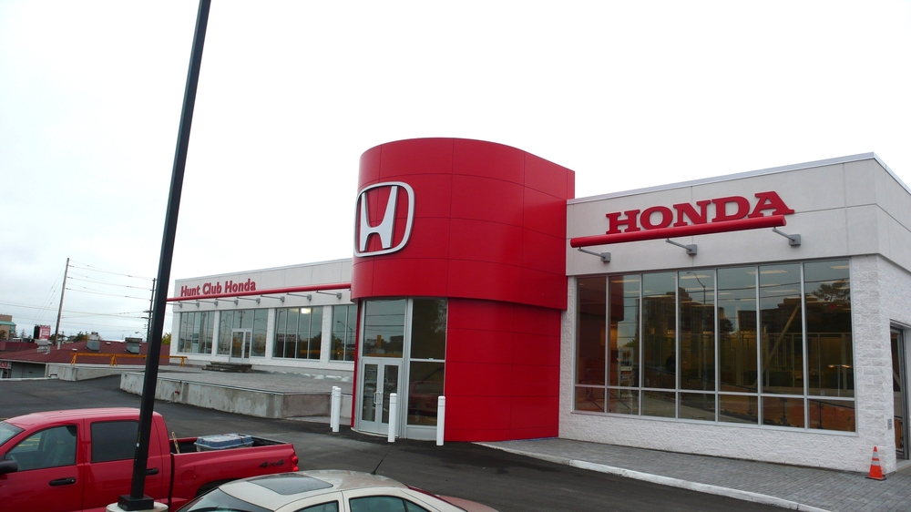 Hunt Club Honda Exterior Front 1.JPG