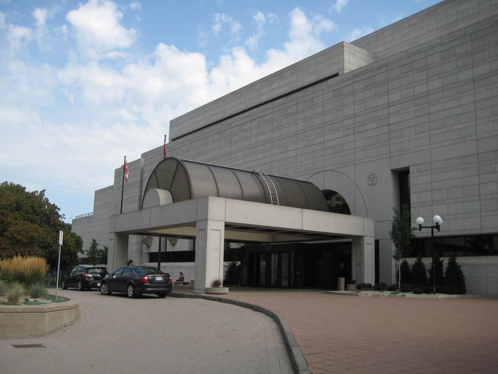 Ottawa Courthouse exterior 04.JPG