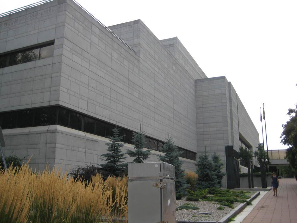 Ottawa Courthouse exterior 06.JPG