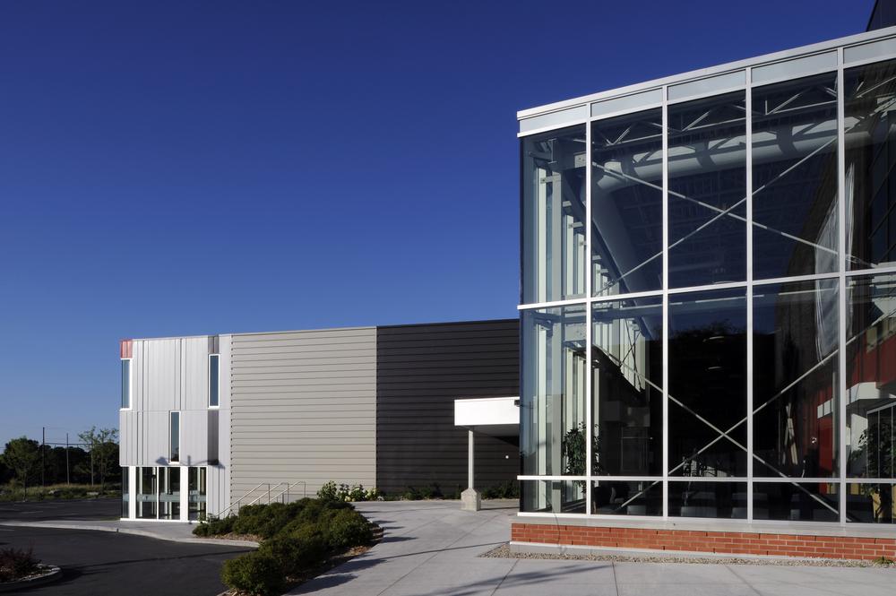 Ruddy YMCA Orleans Exterior 02.jpeg