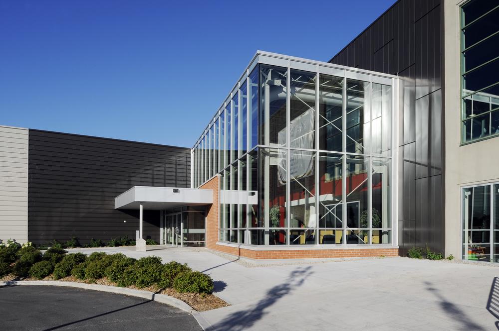 Ruddy YMCA Orleans Exterior 07.jpeg
