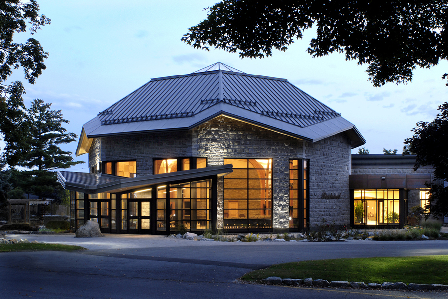 Beechwood National Memorial Centre Exterior Night 01.jpg