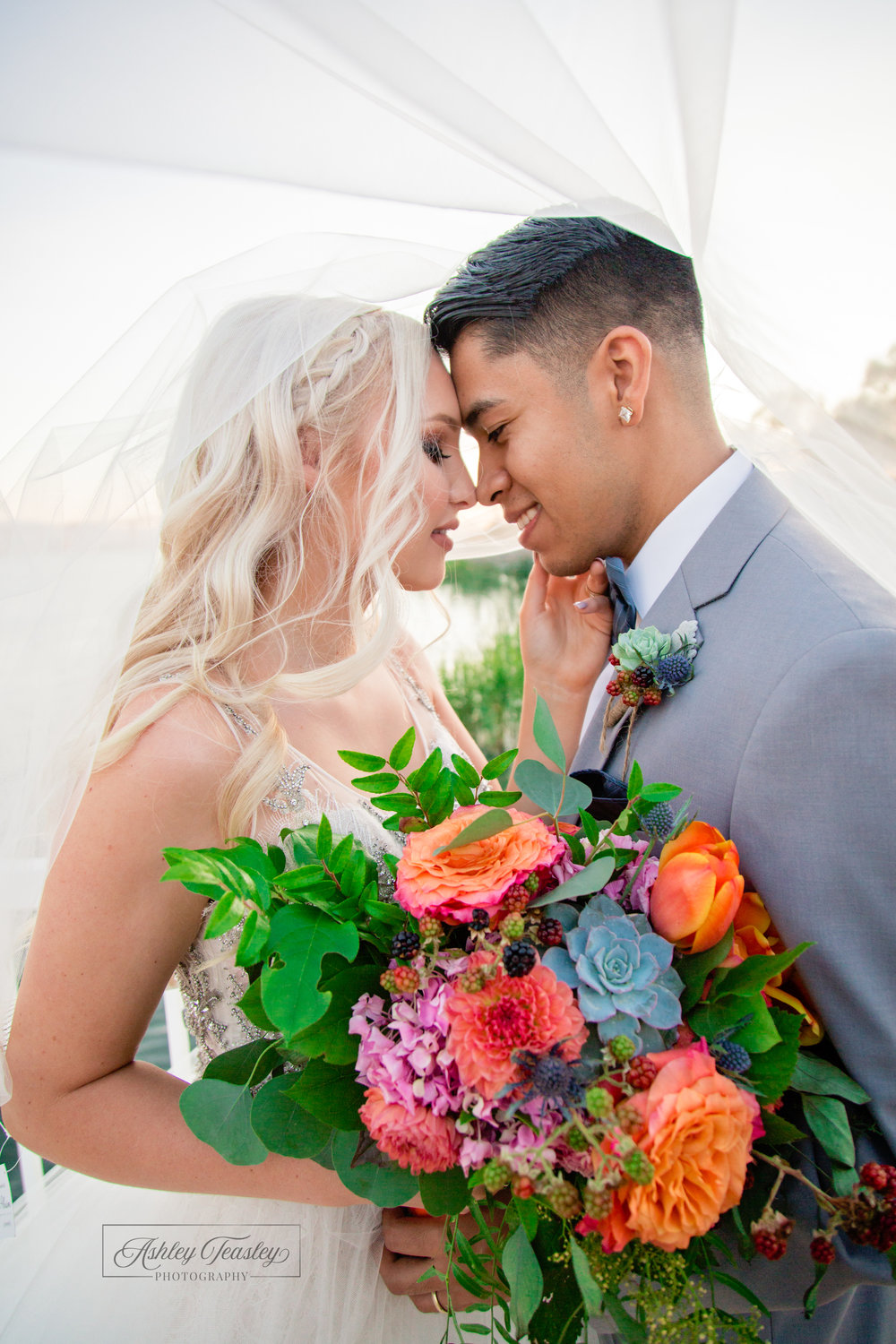 Social Media - Belle Vie - Sacramento Wedding Photographer - Ashley Teasley Photography (12 of 13).jpg
