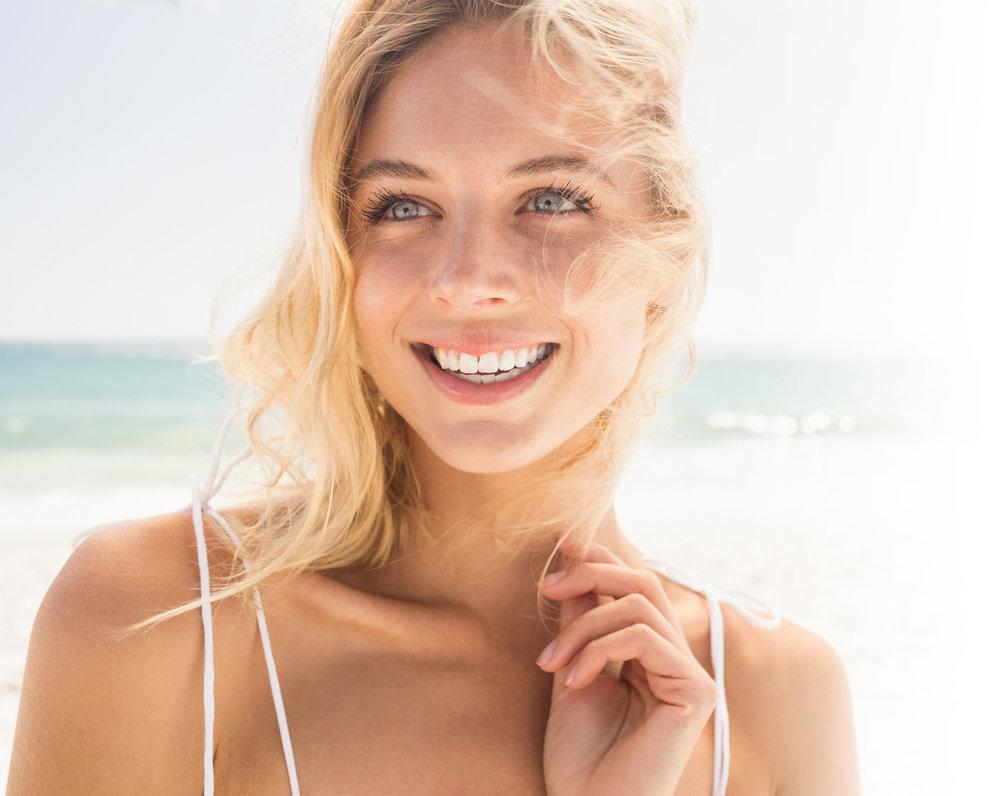 Invisalign-Woman-Smiling-Small.jpg