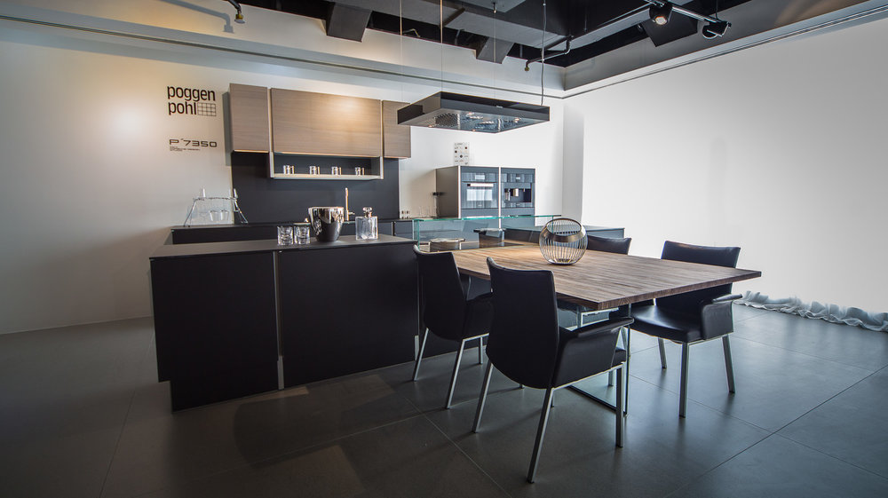 Grand Cuisine Showroom — John Scott Blackwell