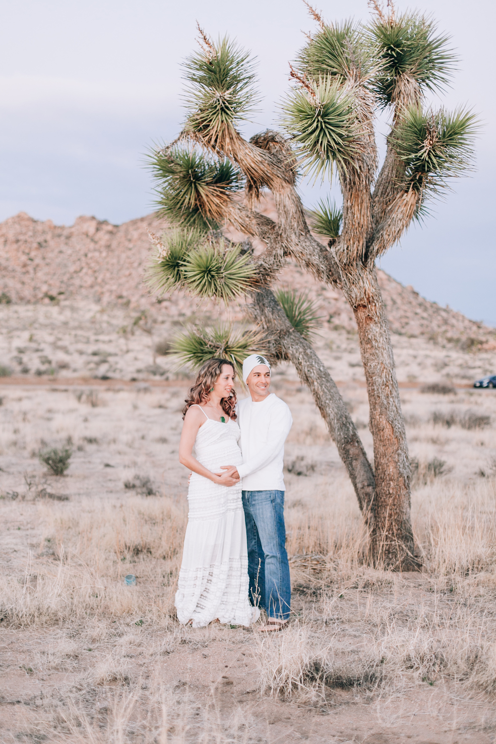 KaraNixonWeddings-JoshuaTree-Maternity-5.jpg
