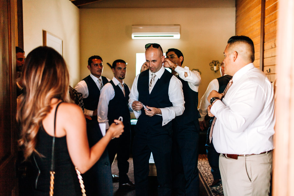 KaraNixonWeddings-Temecula-VineyardWedding-8.jpg