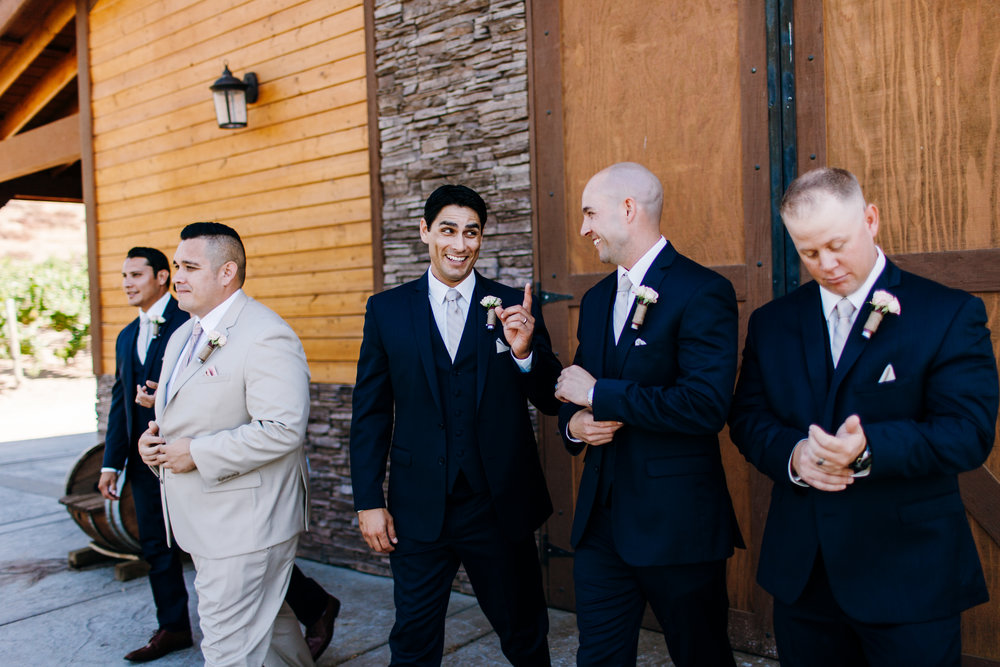KaraNixonWeddings-Temecula-VineyardWedding-16.jpg
