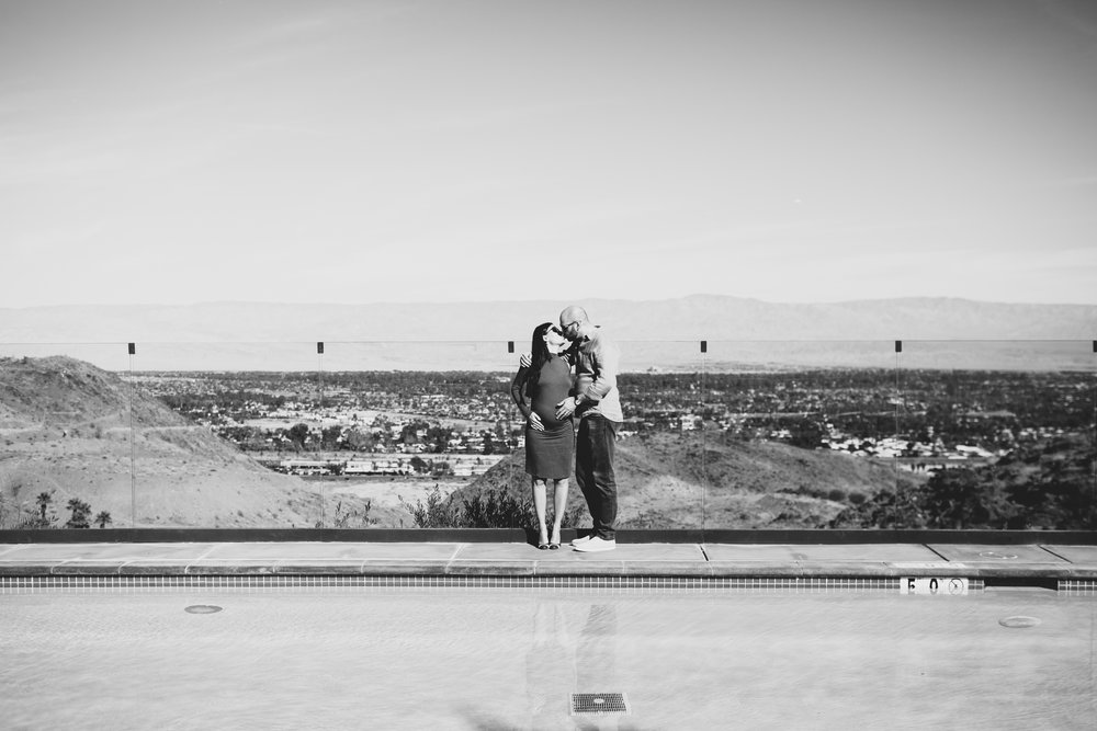 KaraNixonWeddings-PalmSprings-Maternity-7.jpg