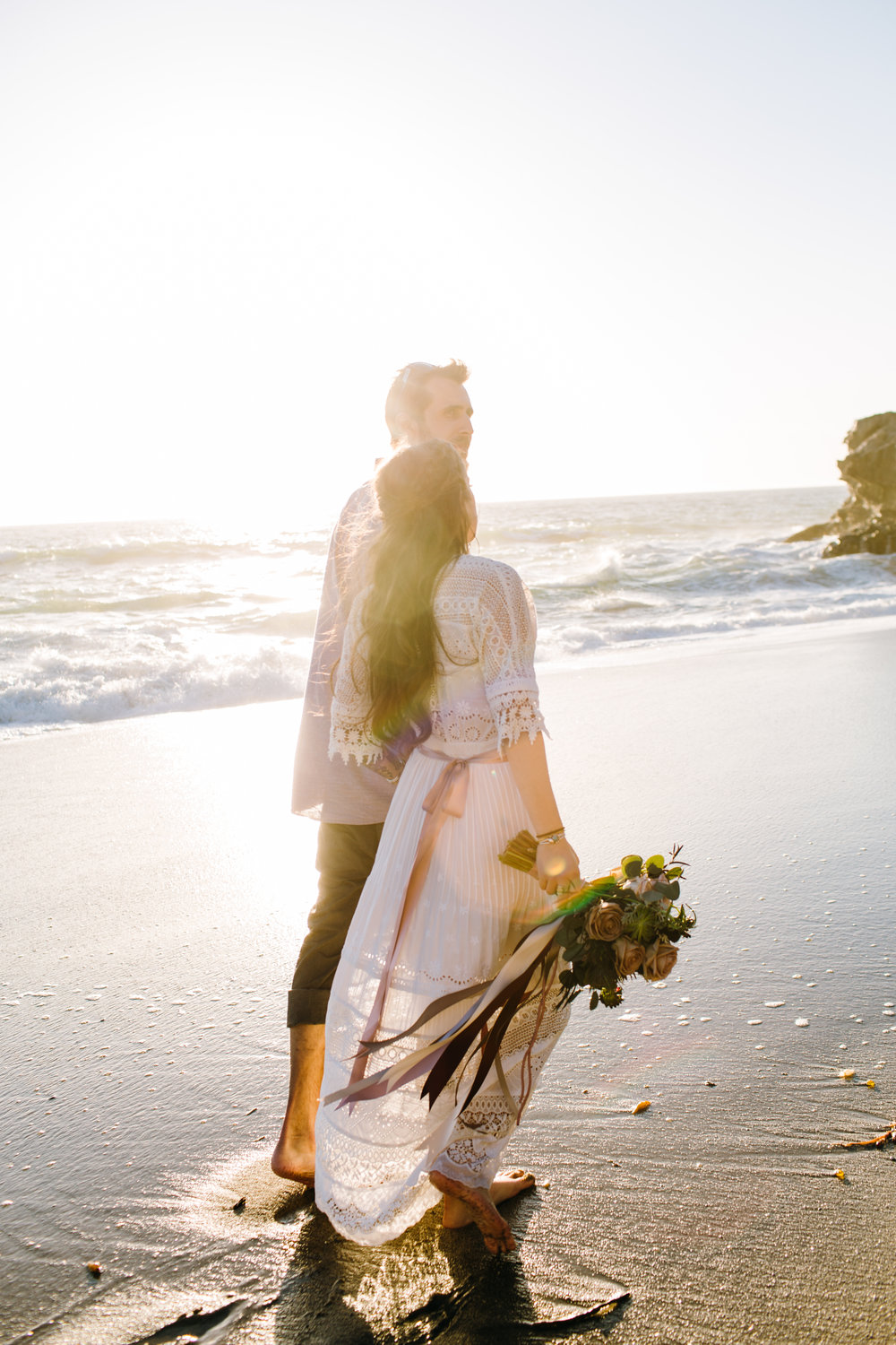 KaraNixonWeddings-LagunaBeach-Tablerock-Elopement-53.jpg