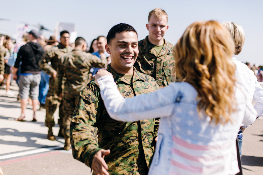 KaraNixonWeddings-SanDiego-MilitaryHomecoming-18.jpg