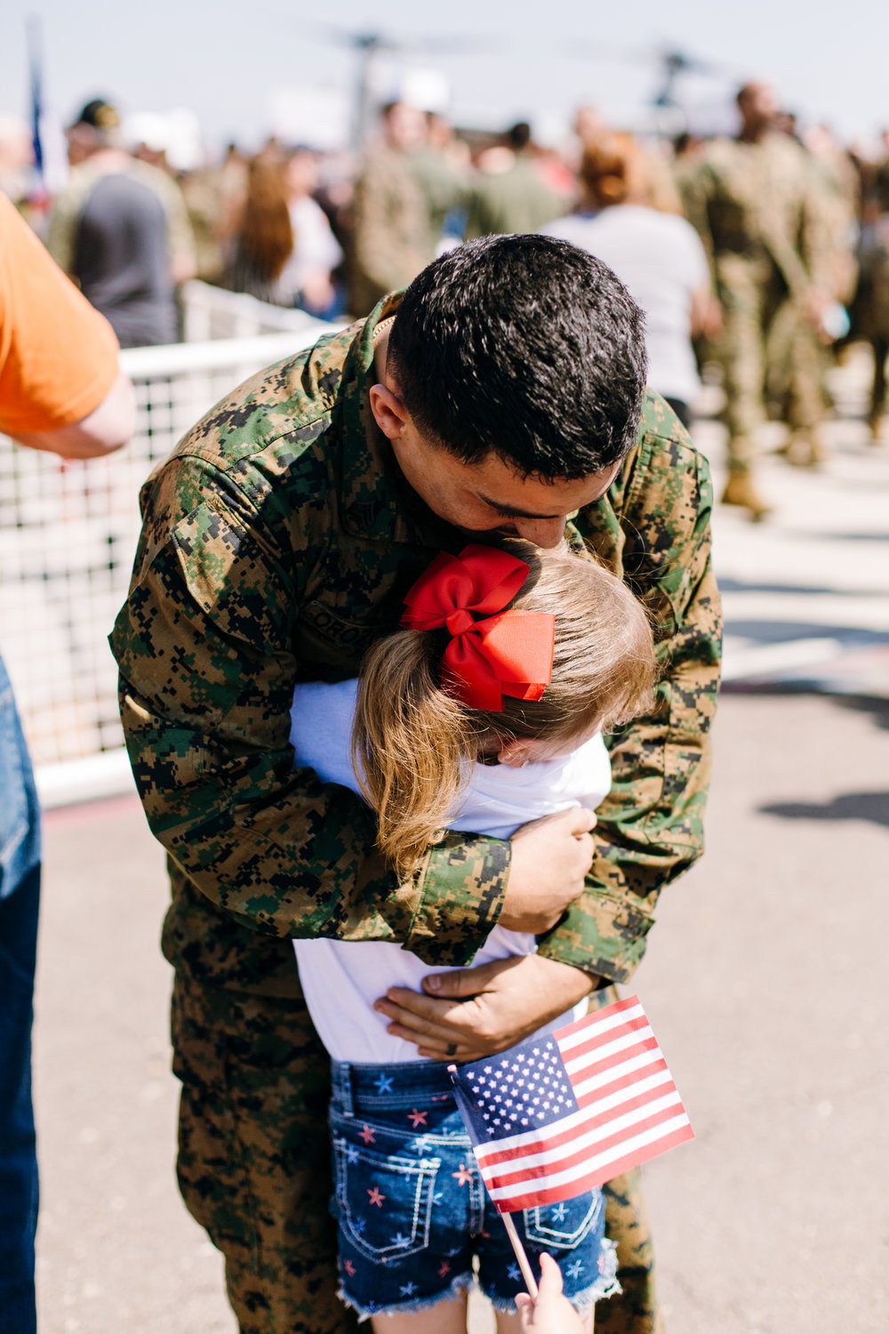 KaraNixonWeddings-SanDiego-MilitaryHomecoming-22.jpg