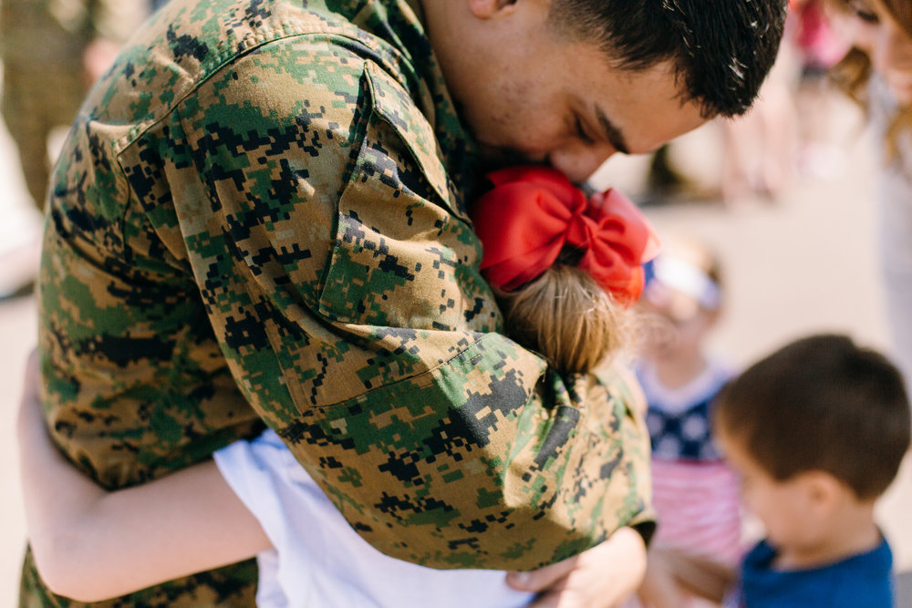 KaraNixonWeddings-SanDiego-MilitaryHomecoming-25.jpg