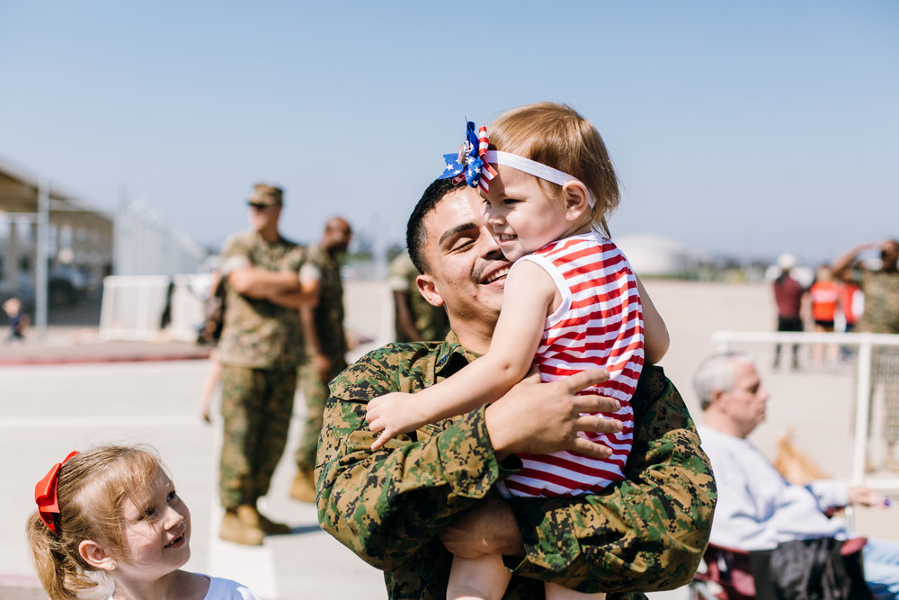 KaraNixonWeddings-SanDiego-MilitaryHomecoming-33.jpg
