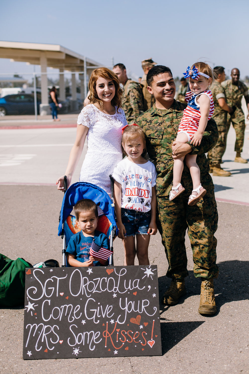 KaraNixonWeddings-SanDiego-MilitaryHomecoming-34.jpg