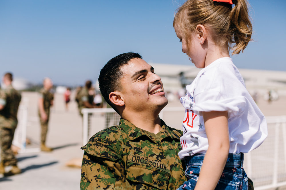 KaraNixonWeddings-SanDiego-MilitaryHomecoming-35.jpg