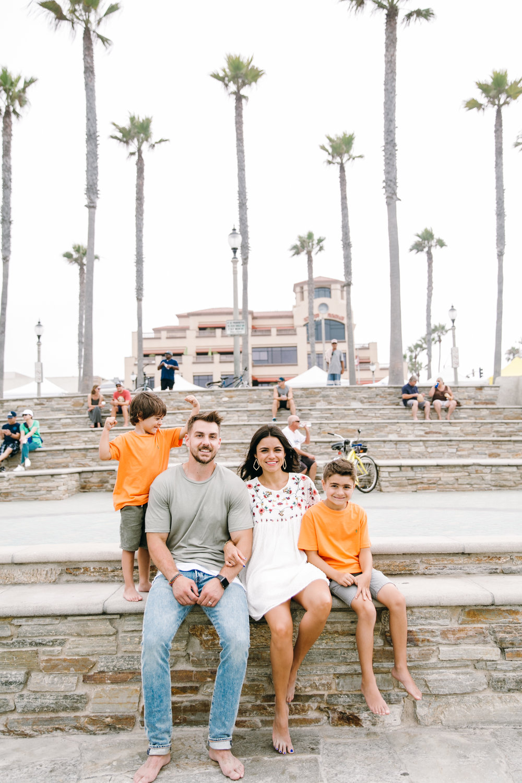 KaraNixonWeddings-HuntingtonBeach-FamilyPhotos-20.jpg