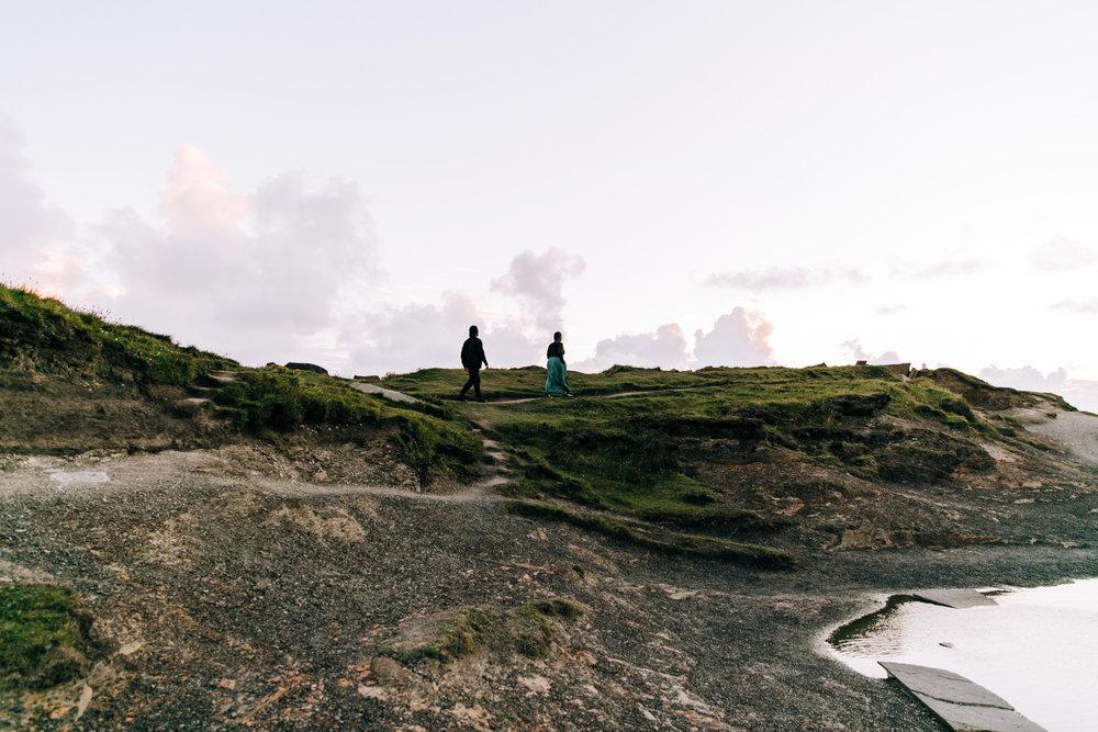 KaraNixonWeddings-CliffsofMoher-Ireland-12.jpg