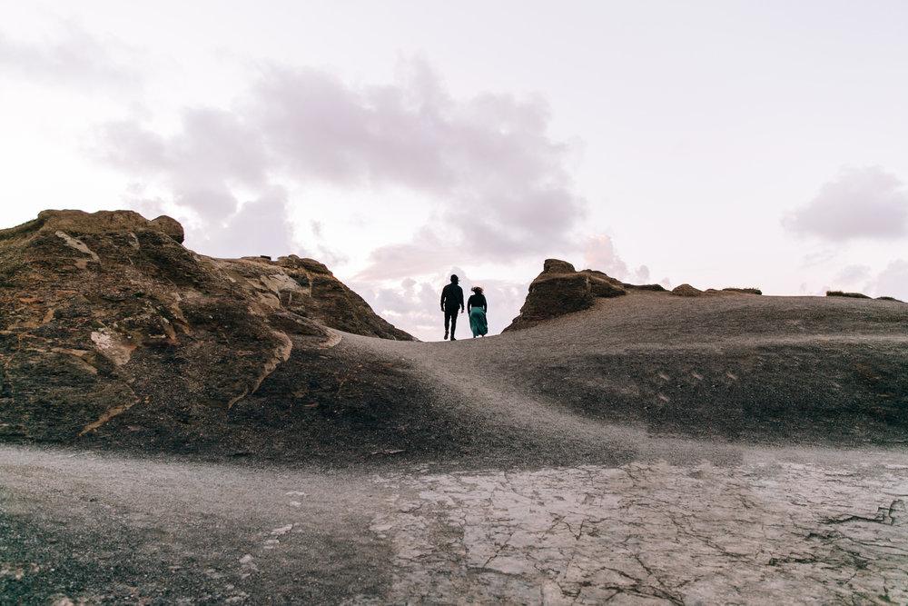 KaraNixonWeddings-CliffsofMoher-Ireland-23.jpg