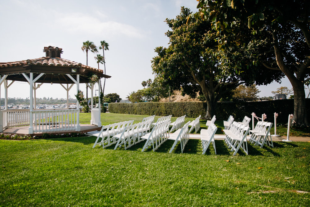 KaraNixonWeddings-NewportDunes-Wedding-4.jpg